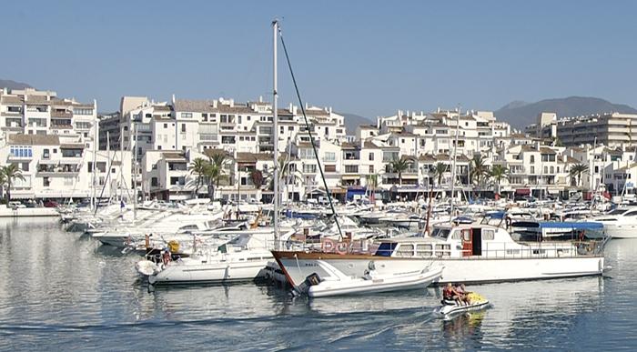 Pyr aparthotel puerto banus marbella costa del sol - Hotel pyr puerto banus ...